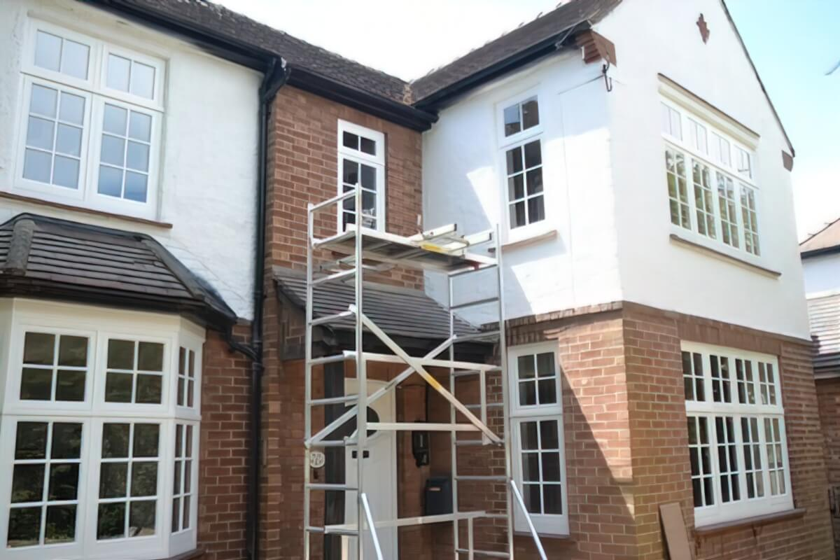 Renovation of wooden windows and painting of masonry walls in a property in Harston, Cambridge