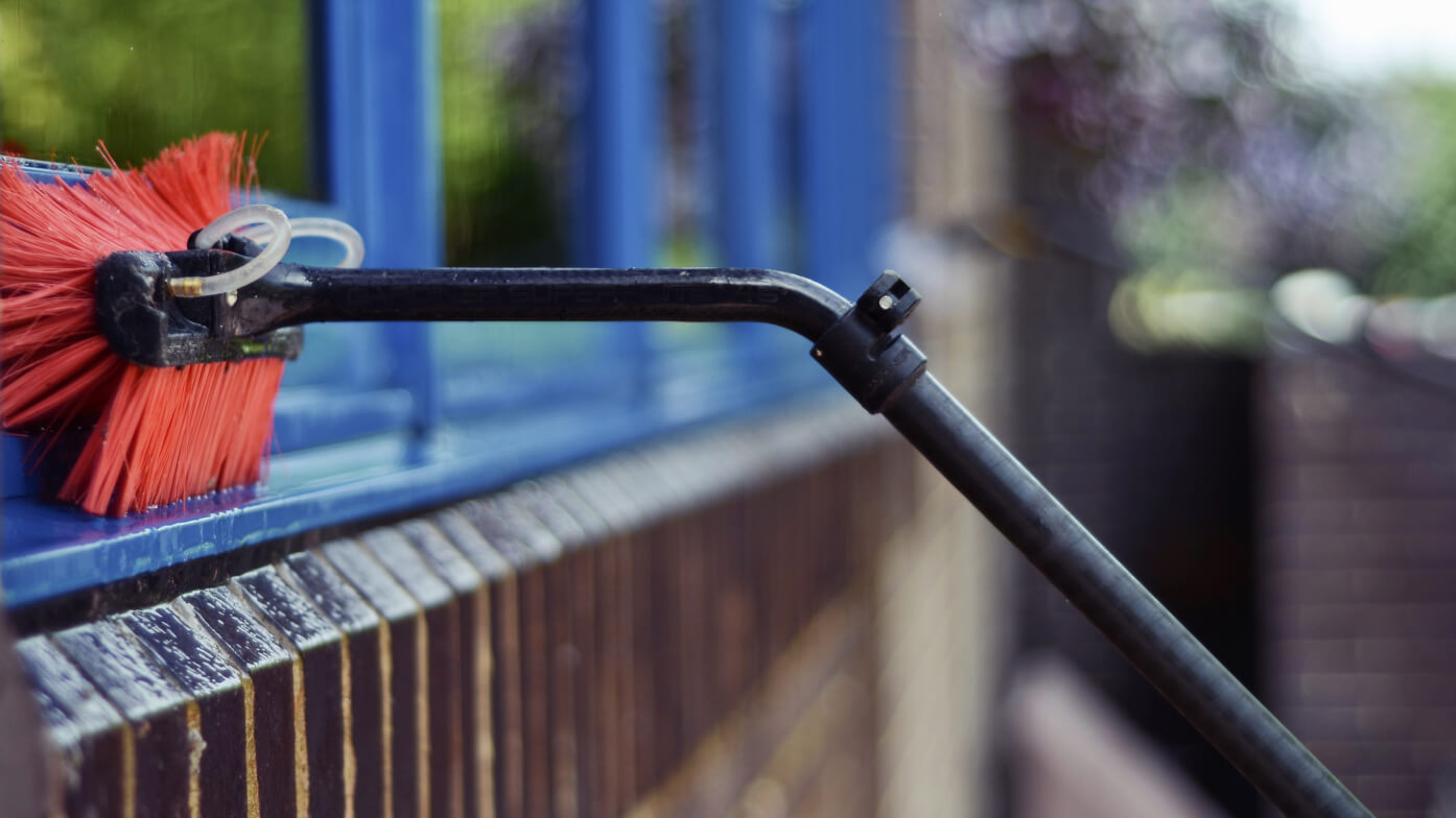 The Risks of Cleaning Wooden Windows Using Water Fed Pole