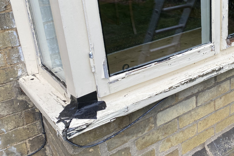Bay window timber frame renovation | before