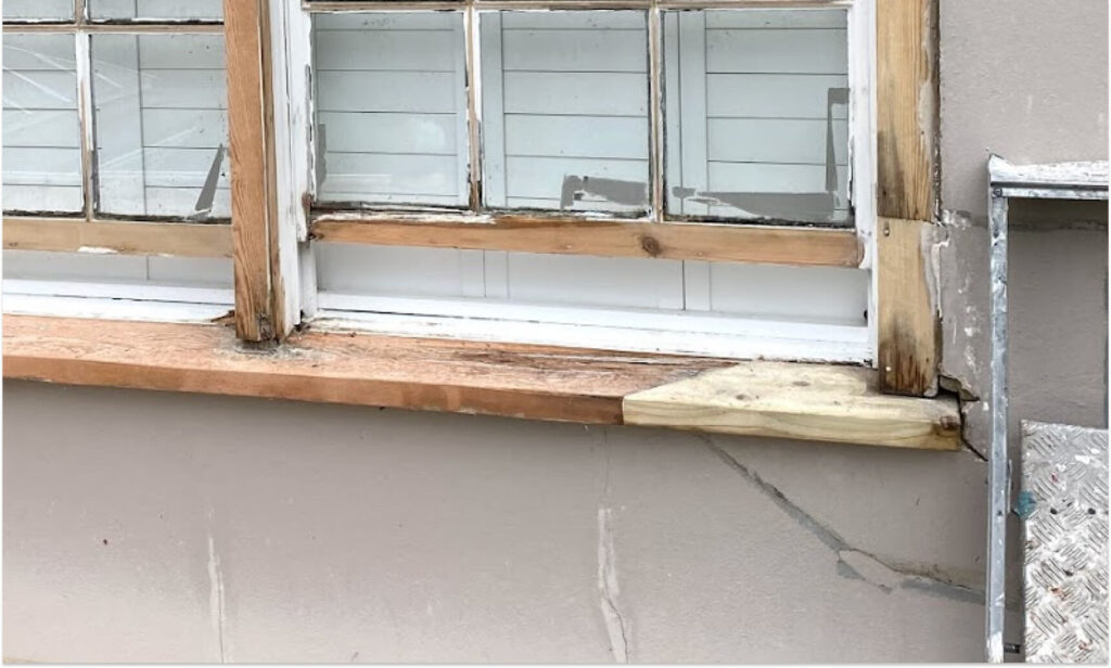 low quality timber used for spliced repairs